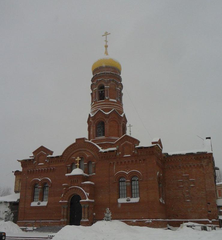 hram-vozneseniya-hristova-1
