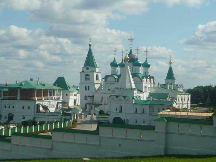 voznesensky-pechersky-monastir-1