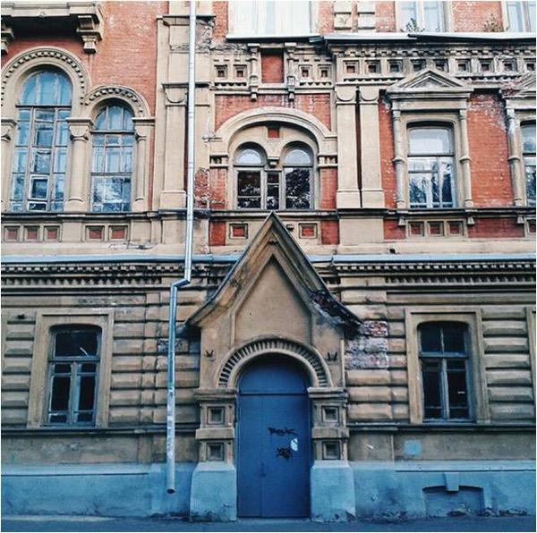 eparhialniy-serafimovskiy-dom