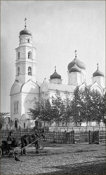 verhneposadskaya-troickaya-cerkov